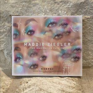 Morphe x Maddie Ziegler Artistry Pallete 💙